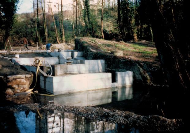 Construction de la passe poisson de Pont-Evêque - 1996